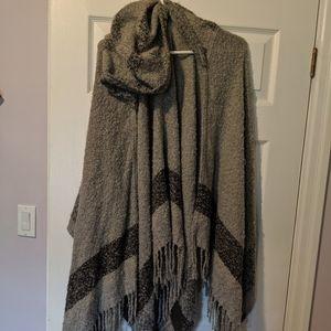 Pretty grey hooded and tassled poncho